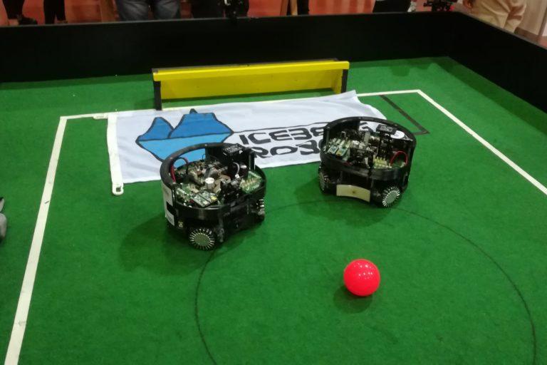 Roboter auf Feld